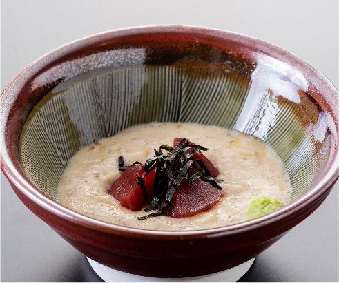 Grated yam over tuna sashimi